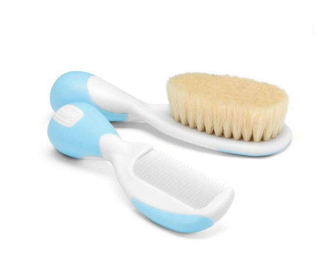 Conjunto de escova com cerdas extra macias naturais e pente com pontas arredondadas Chicco