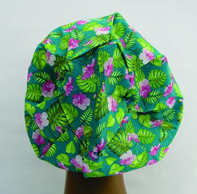 TF173 - Touca Floral fundo verde  - Atelier Babinski