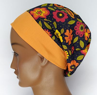 TF573 - Touca estampa Floral fundo preto barra laranja  - Atelier Babinski