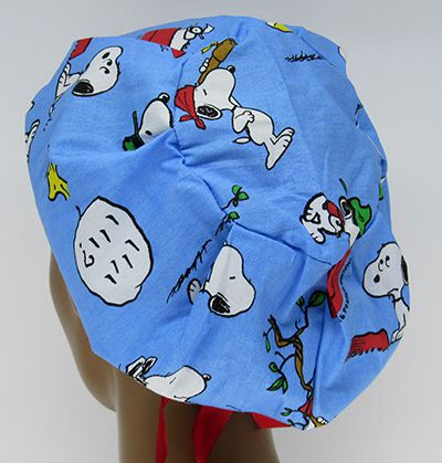 TF674 - Touca Estampa Snoopy Fundo Azul  - Atelier Babinski
