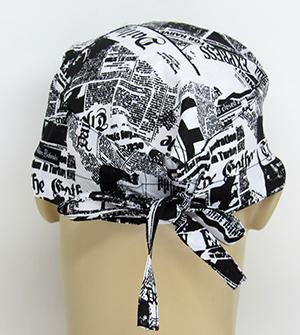 TM020 - Gorro Estampa Recorte de Jornais  - Atelier Babinski