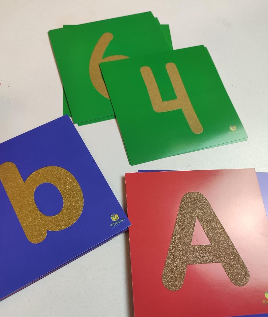 Letras e Números Texturizados