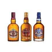 Familia Chivas (1 Chivas Regal 12y 750ml + 1 Chivas Regal Extra 750ml + 1 Whisky Chivas Regal 18y 750ml)