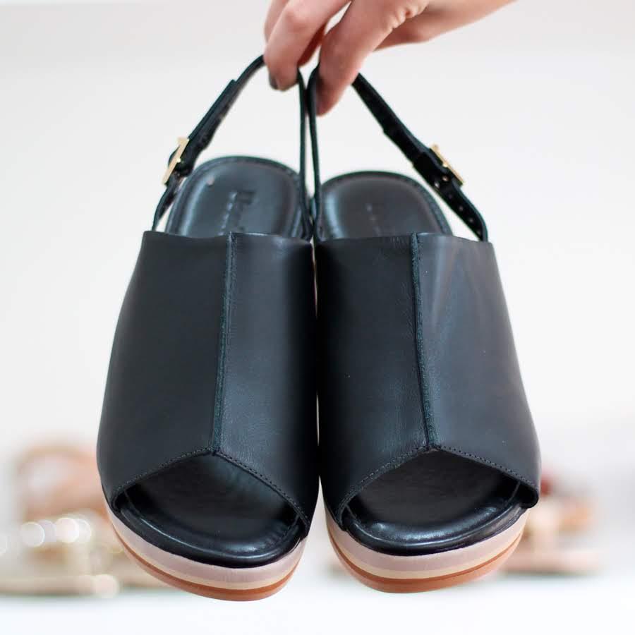 Sandália Usaflex Salto Anabela Para Joanetes Esporão de Calcâneo 4606