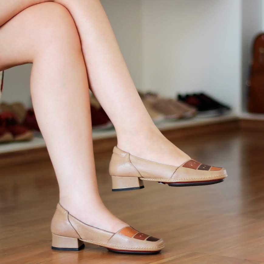 Sapato Boneca Salto Grosso Quadrado Estilo Retrô Vintage Bege DX0002