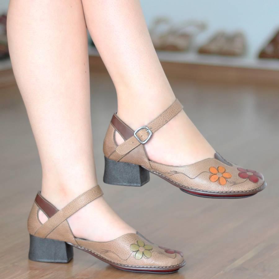 Sapato Boneca Salto Grosso Quadrado Estilo Retrô Vintage Caramelo CK0101