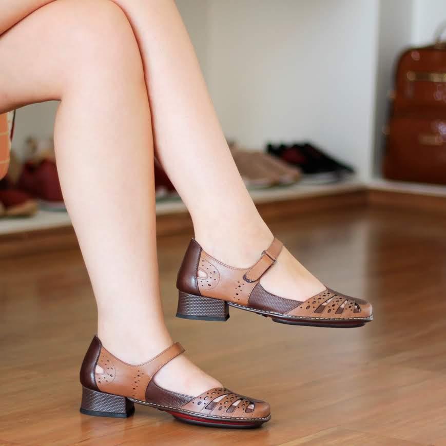 Sapato Boneca Salto Grosso Quadrado Estilo Retrô Vintage Marrom DX0012