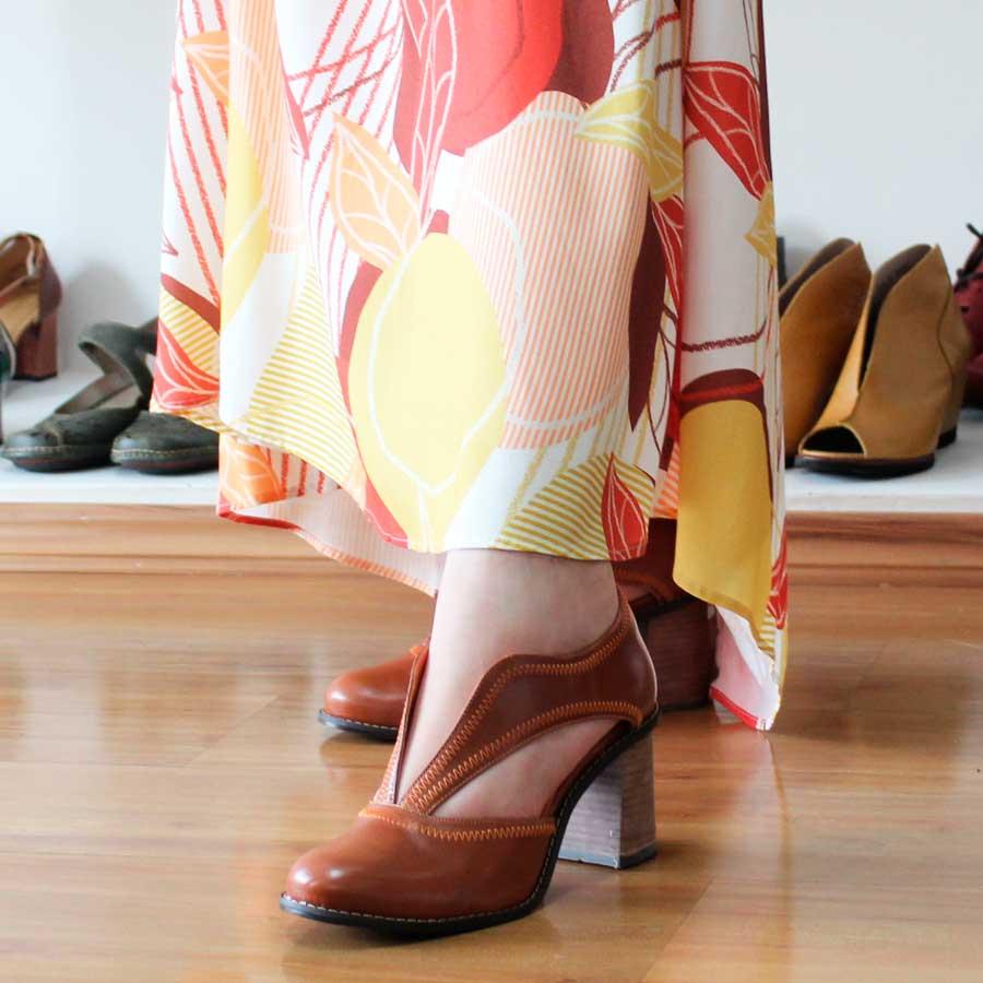 Sapato Feminino Em Couro Vintage Retrô Boneca Salto Grosso Alto 1401