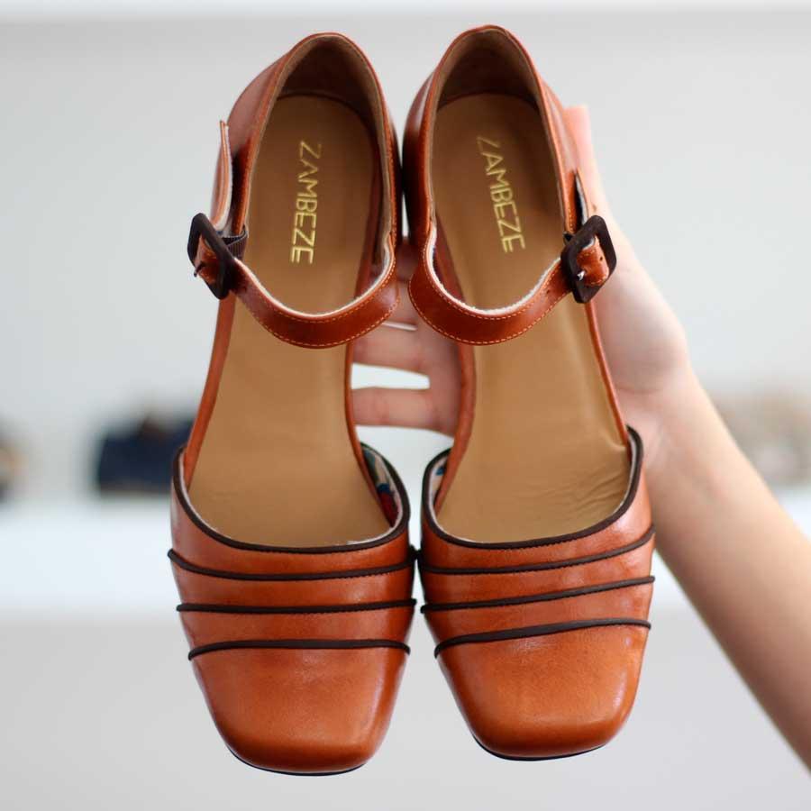 Sapato Feminino Em Couro Vintage Retrô Boneca Salto Grosso Alto 5986