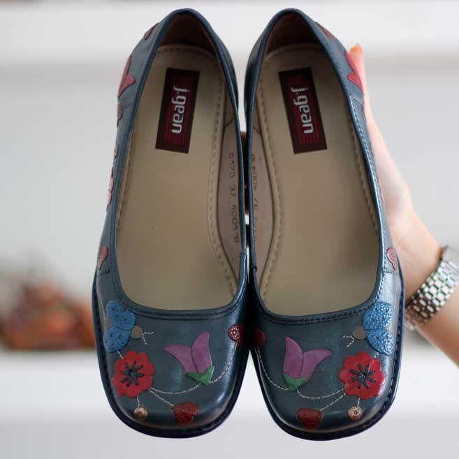 Sapato Feminino Em Couro Vintage Retrô Salto Grosso Alto Azul AR0173