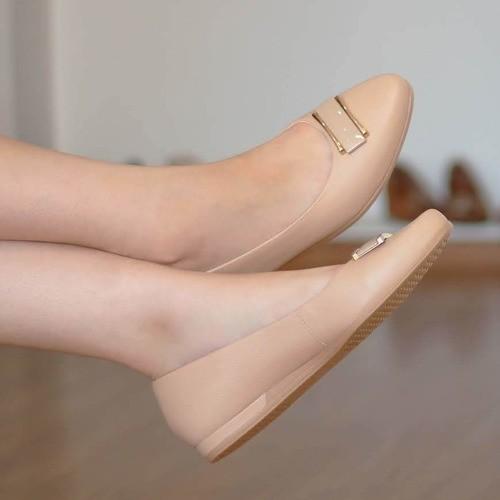 Sapato Feminino Usaflex bico fino couro 6209