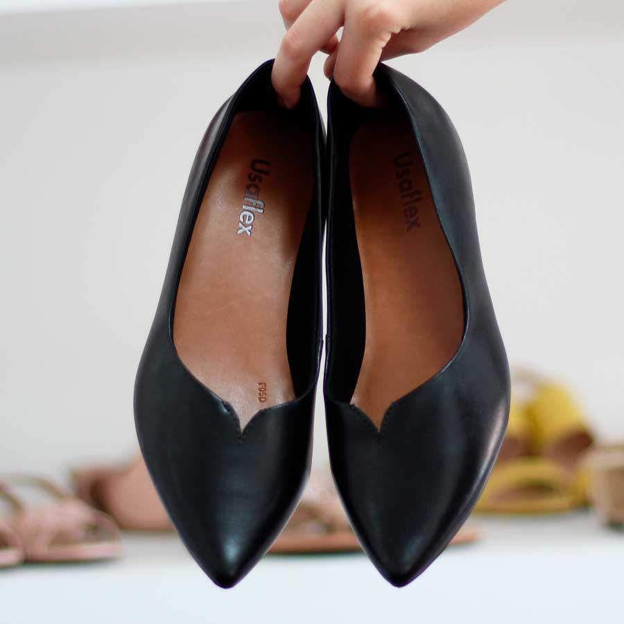 Sapato Feminino Usaflex Couro Preto Salto Embutido Bico Fino 5805