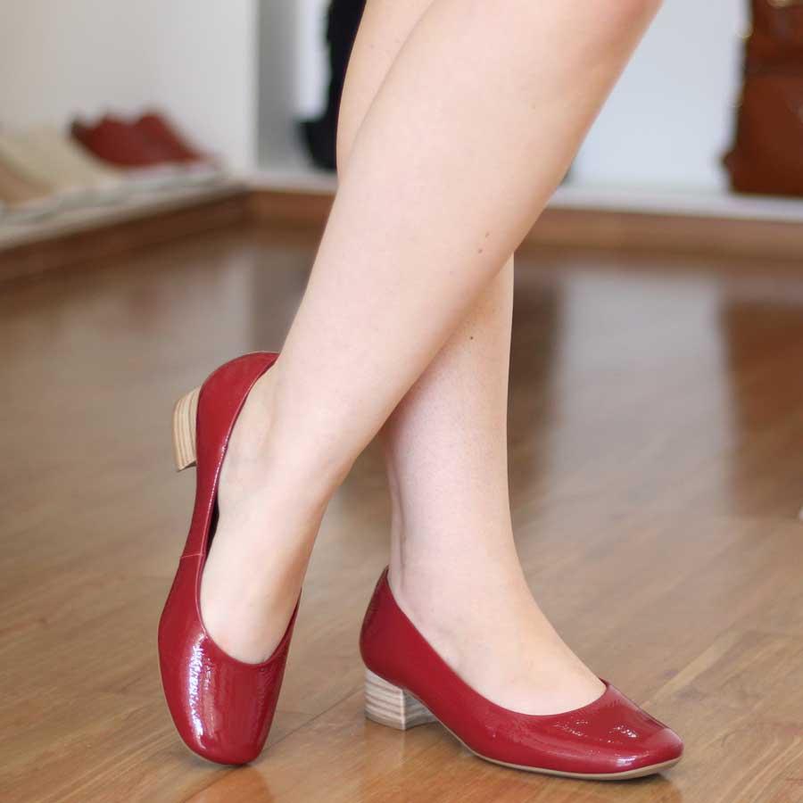 Sapato Feminino Usaflex Couro Verniz Vermelho Bico Redondo 2701