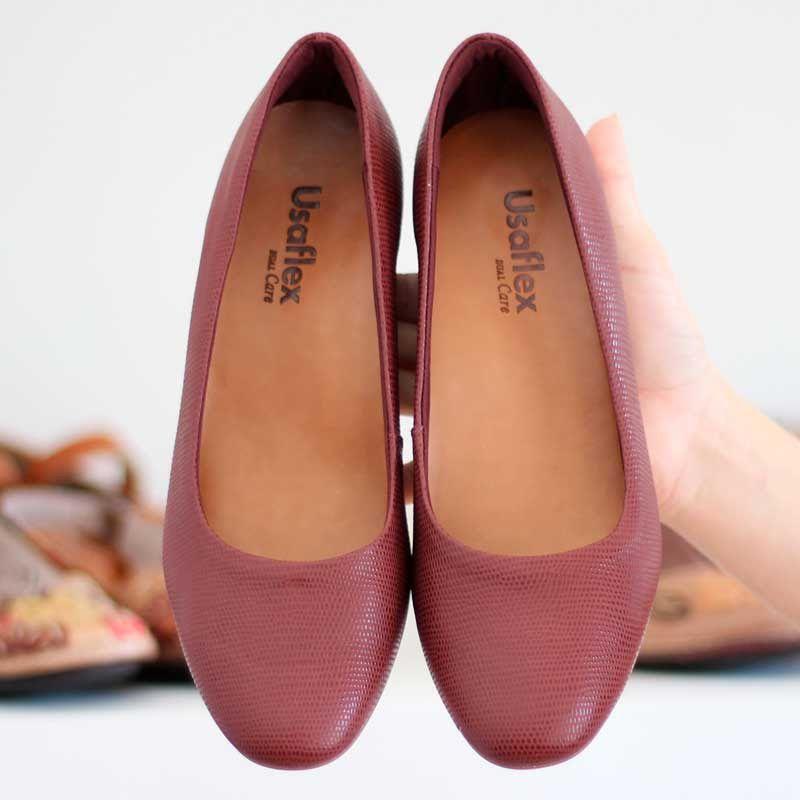 Sapato Feminino Usaflex Salto Grosso Bico Redondo Vinho Z2601