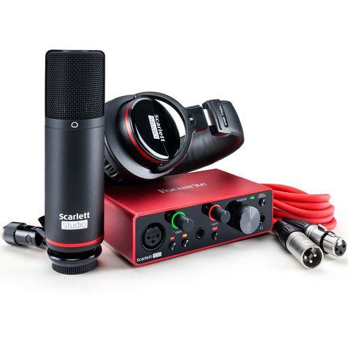 Kit Interface De Áudio Focusrite Scarlett Solo Studio Com Microfone E Headphone 3º Geração