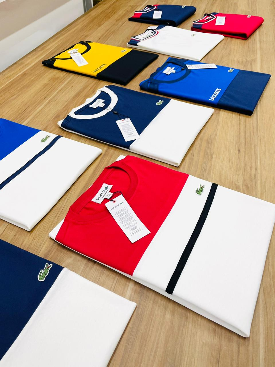 Camiseta Lac0st3 Diferenciada (cada)