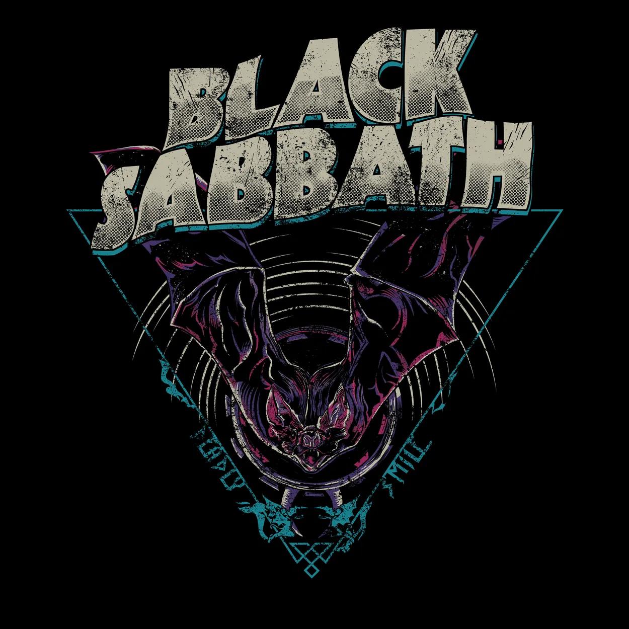 Camiseta Black Sabbath - Deadly Smile - Feminino
