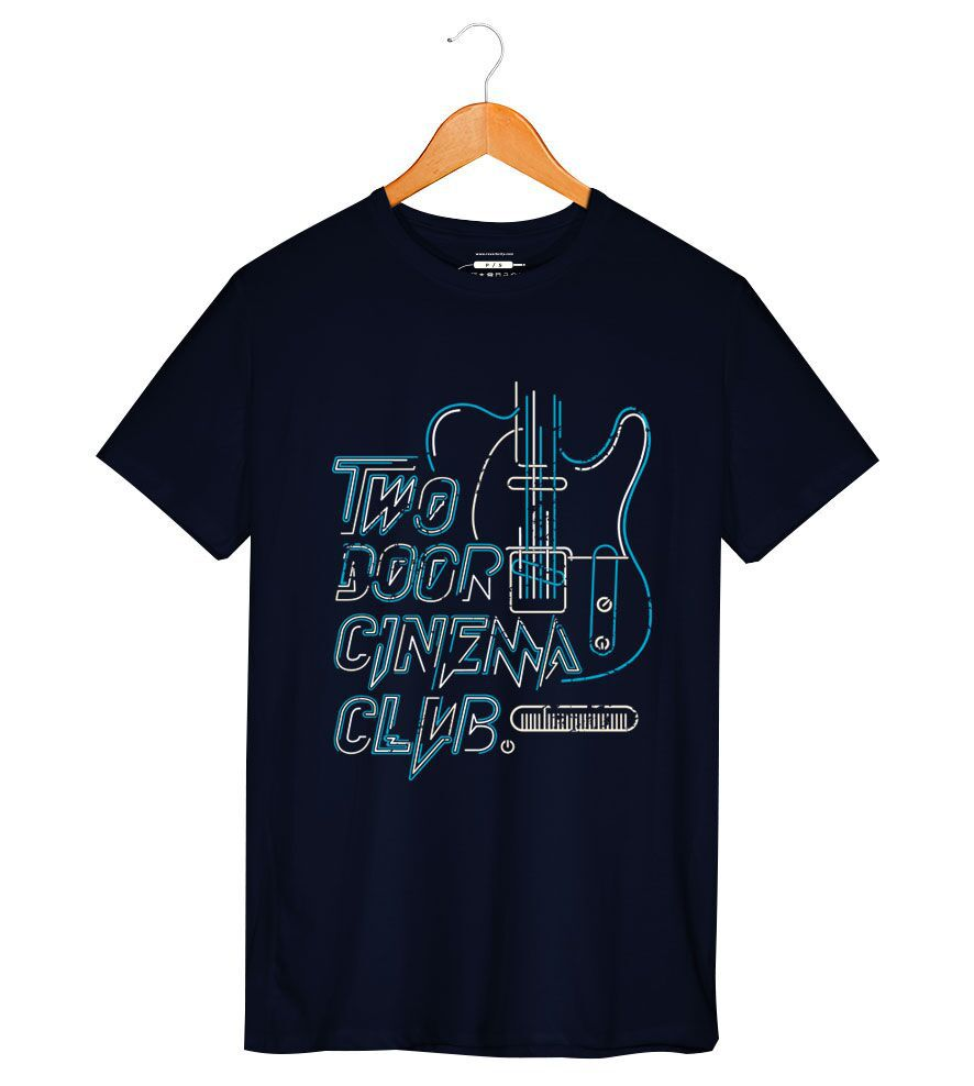 Camiseta - Two Door Cinema Club - Masculino