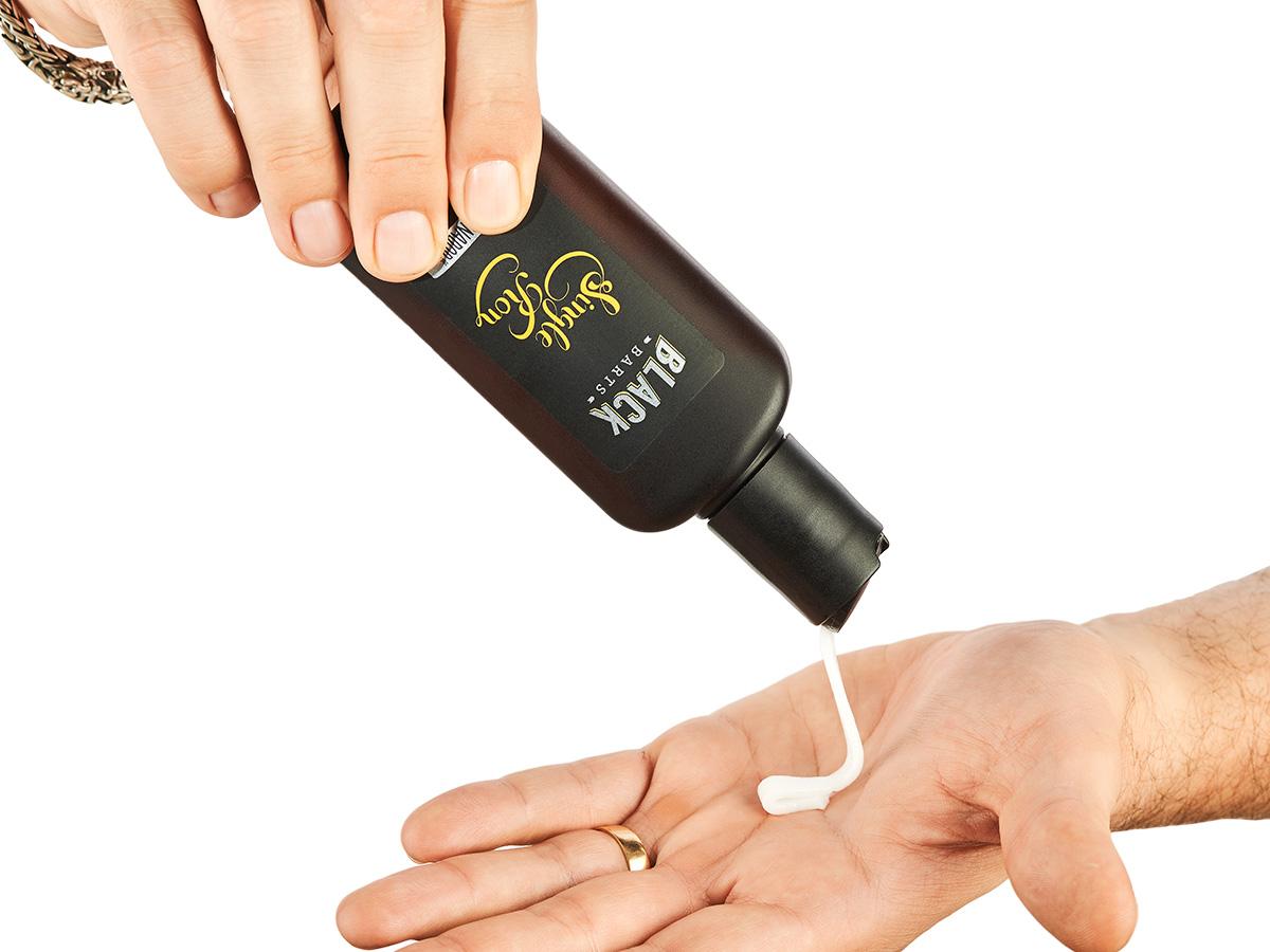 Kit Porta Celular Grátis + Balm + Shampoo e Condicionador de Barba + Bag Artesanal  - Black Barts