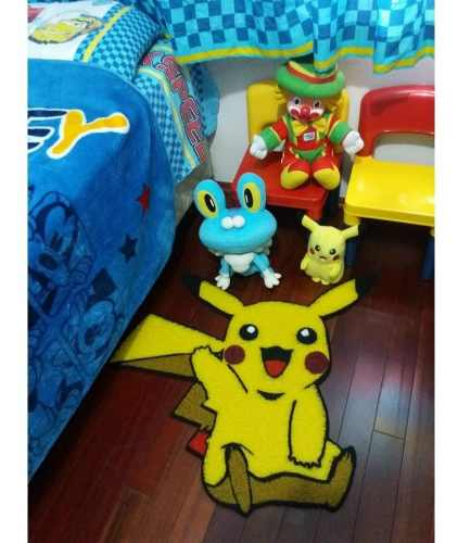 Tapete capacho Pikachu 80x70  - Zap Tapetes e Capachos Personalizados
