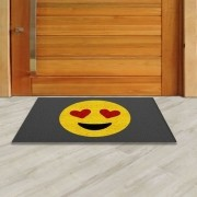 Tapete Capacho Emoji Apaixonado 60x40 cm