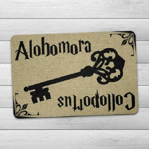 Tapete Capacho Harry Potter Alohomora 60x40cm bege  - Zap Tapetes e Capachos Personalizados