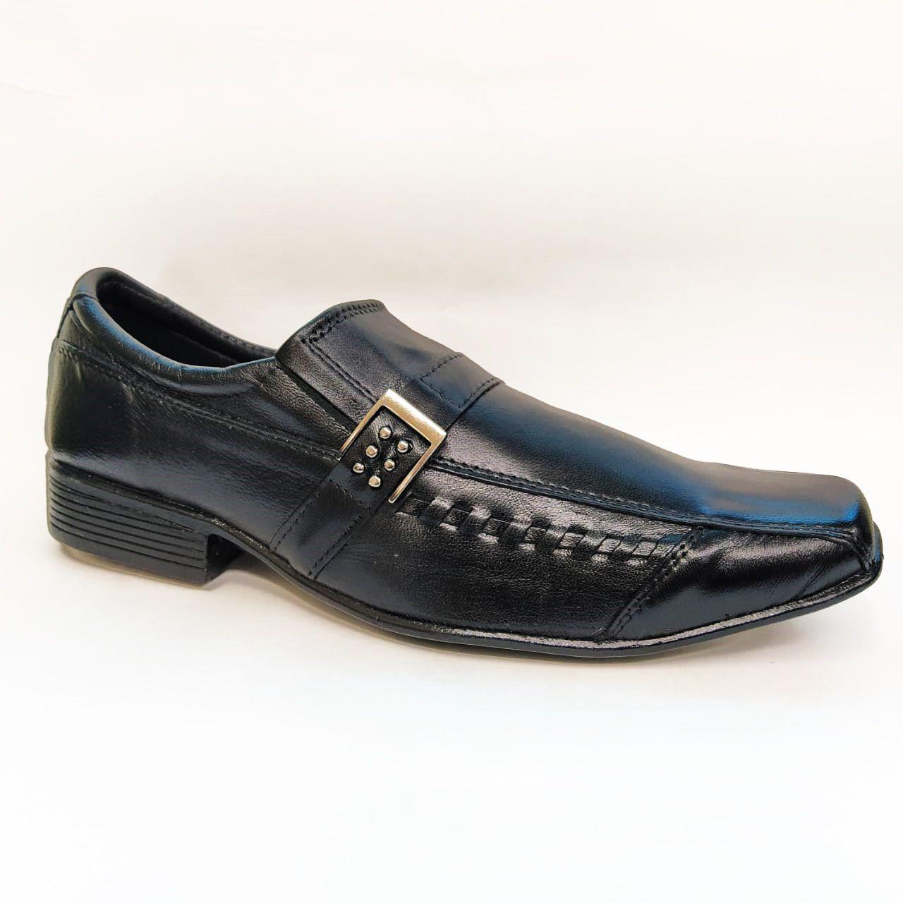 Sapato social especial em couro Frangarcia 573 - Preto