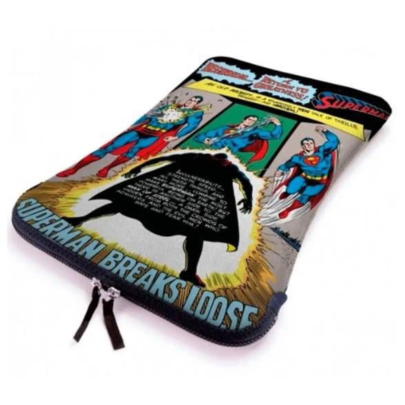 Capa p/ Notebook Superman Breaks Loose