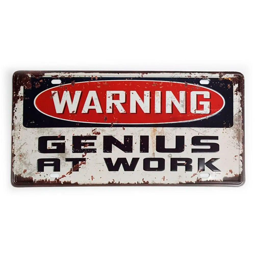 Placa de Metal Decorativa Warning Genius at Work
