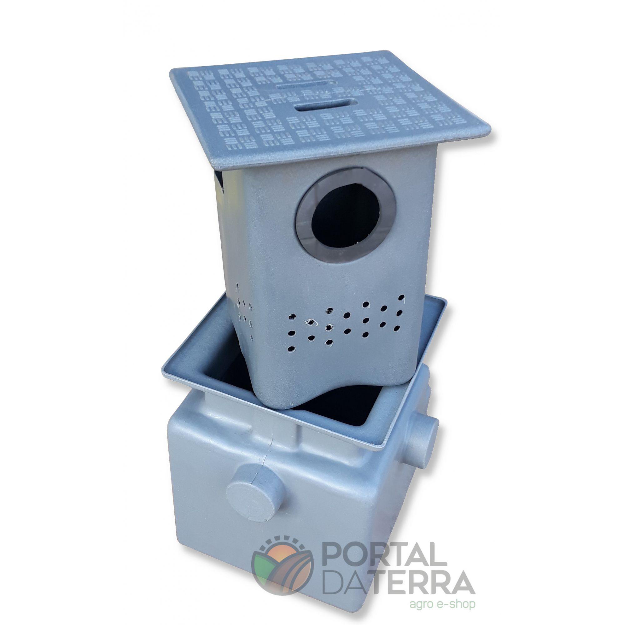 Caixa de Gordura 45 Lts c/ Cesto de Limpeza