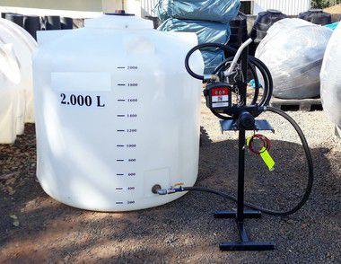 Tanque de abastecimento 2000 litros com bomba 12V.