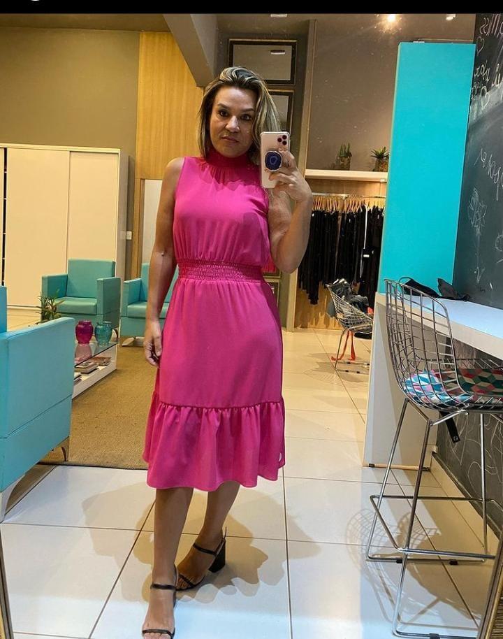 Vestido com lastex