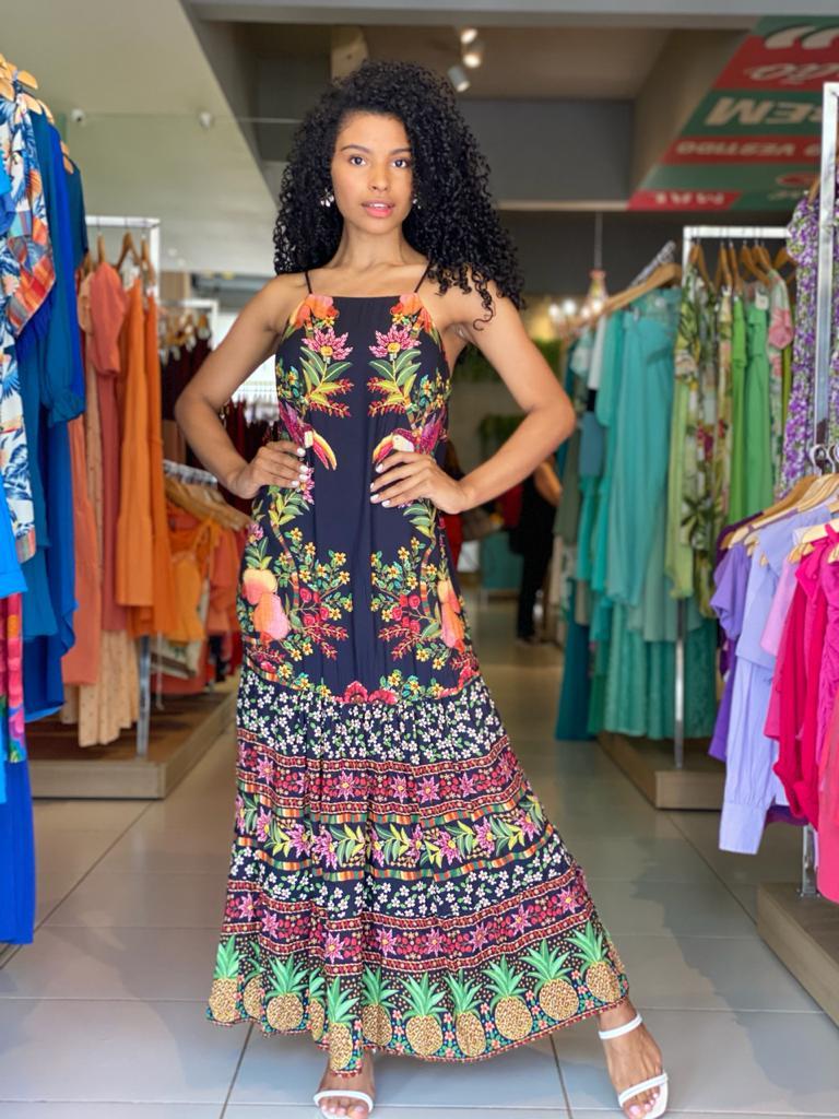 vestido cropped tropical