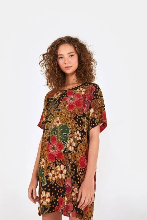 Vestido t-shirt onça florida