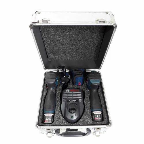 Kit Combo Chave Parafusadeira de Impacto GDR 120-LI + Furadeira/Parafusadeira GSR 120-LI + X-line Titânio com 30 Peças - Bosch