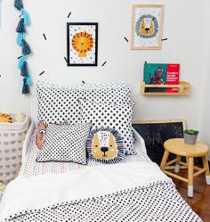 Almofada Infantil Cruz Preta 40 x 40 100% algodão   - Pomelo Decor