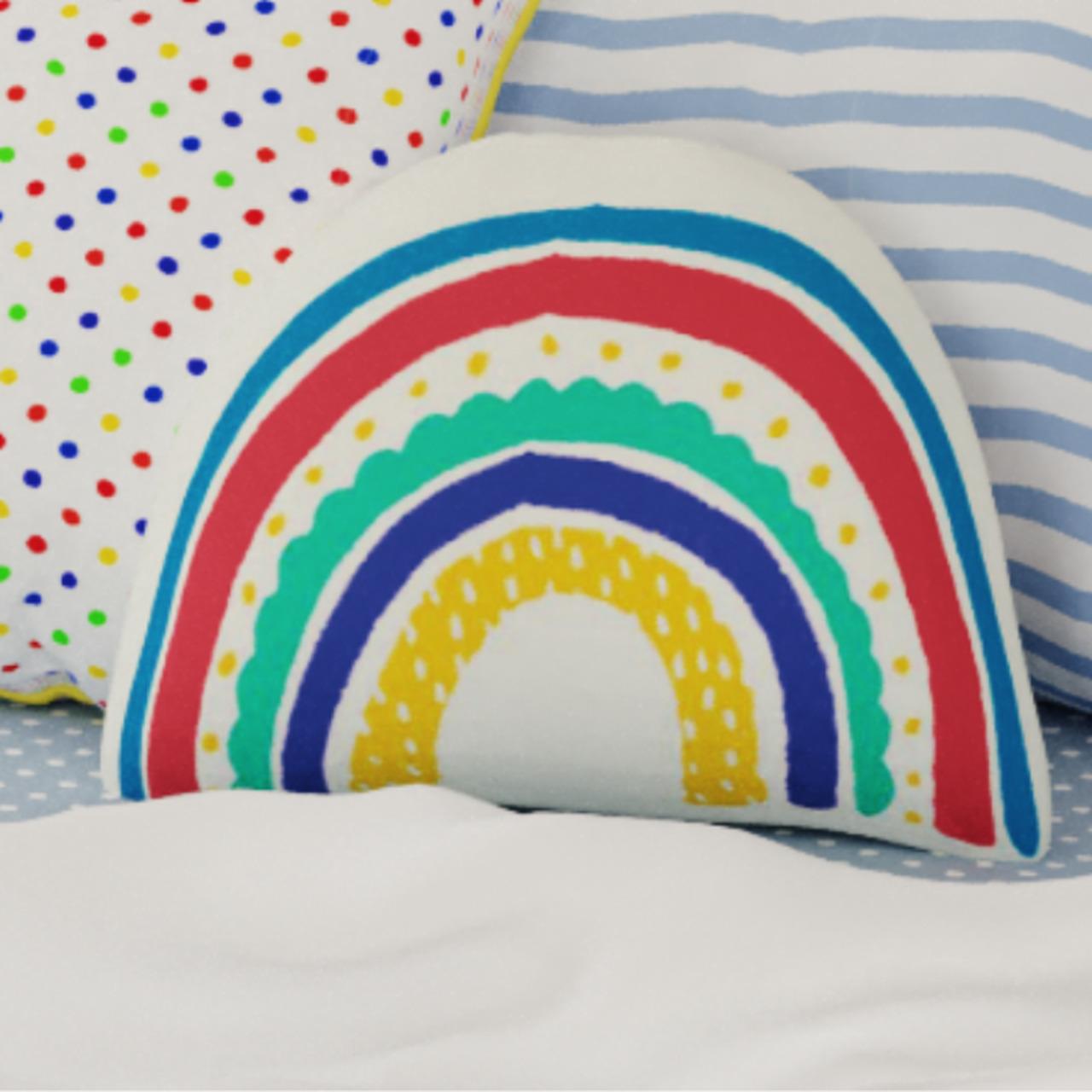 Almofada infantil toy arco íris color