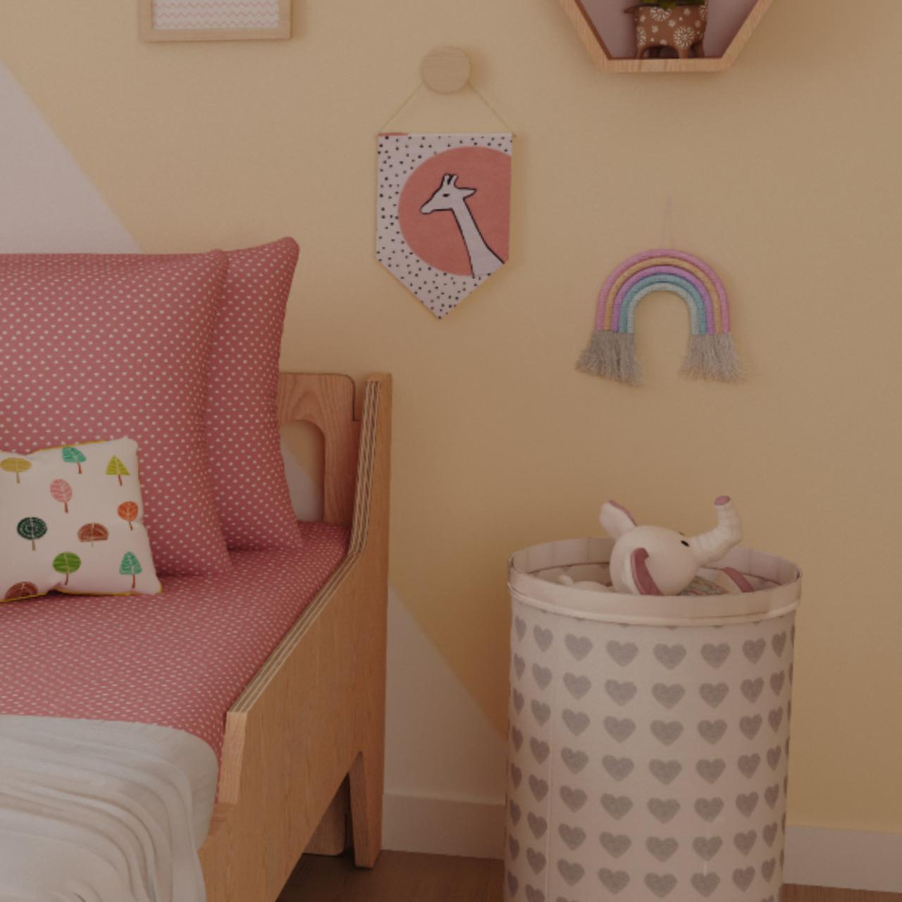 Arco íris de parede em macramê rosa