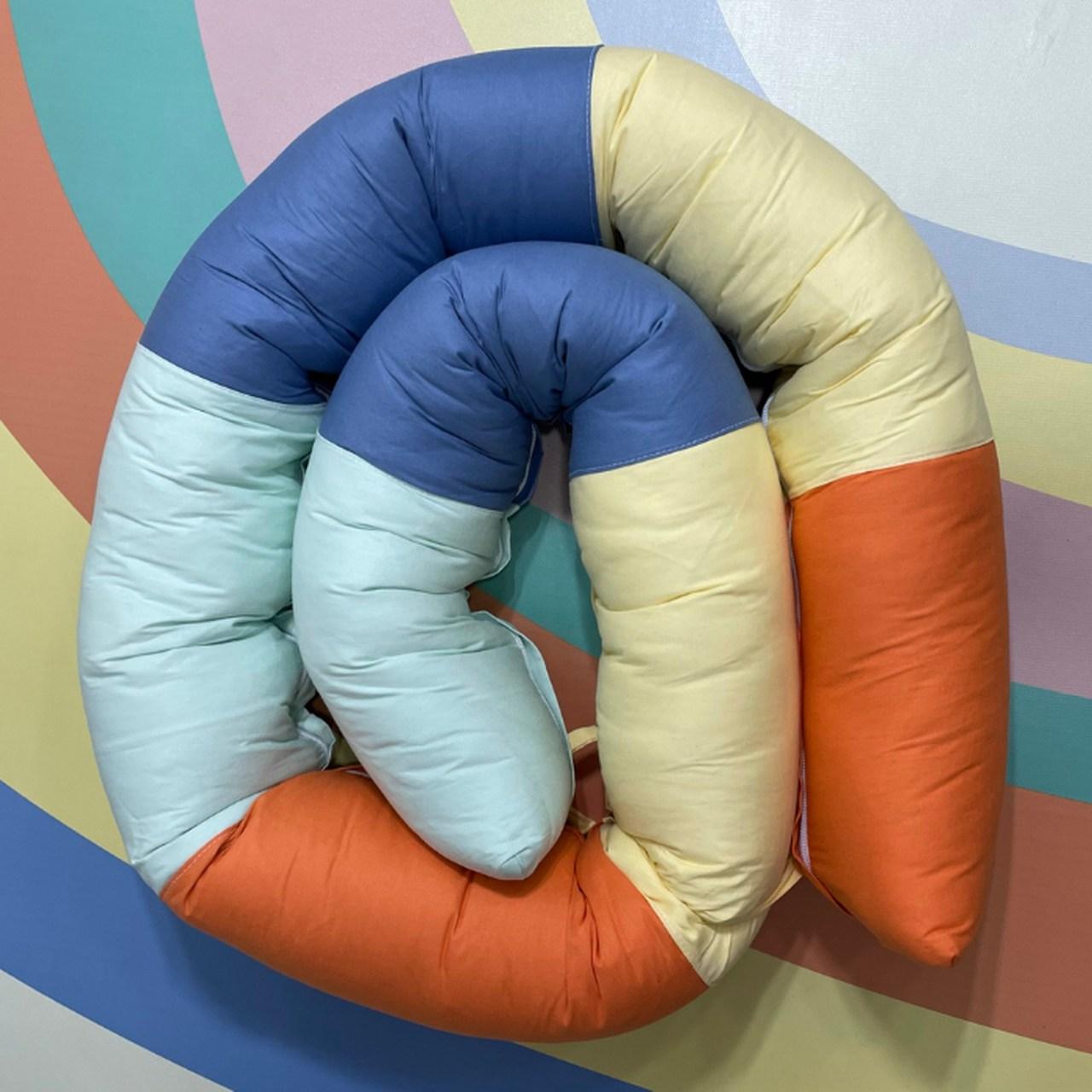 Protetor minhocão 100 % algodão arco íris colorido orange