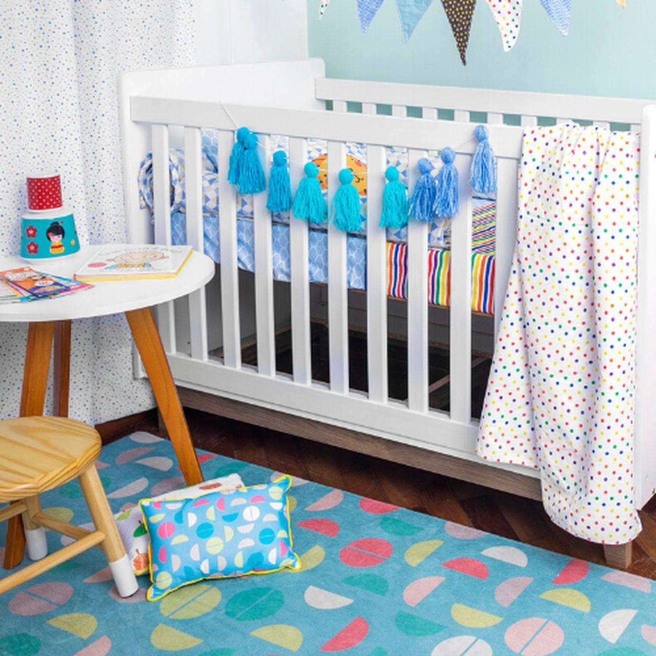 Tapete quarto infantil 100 x 150 cm estampa Colorball Azul  - Pomelo Decor