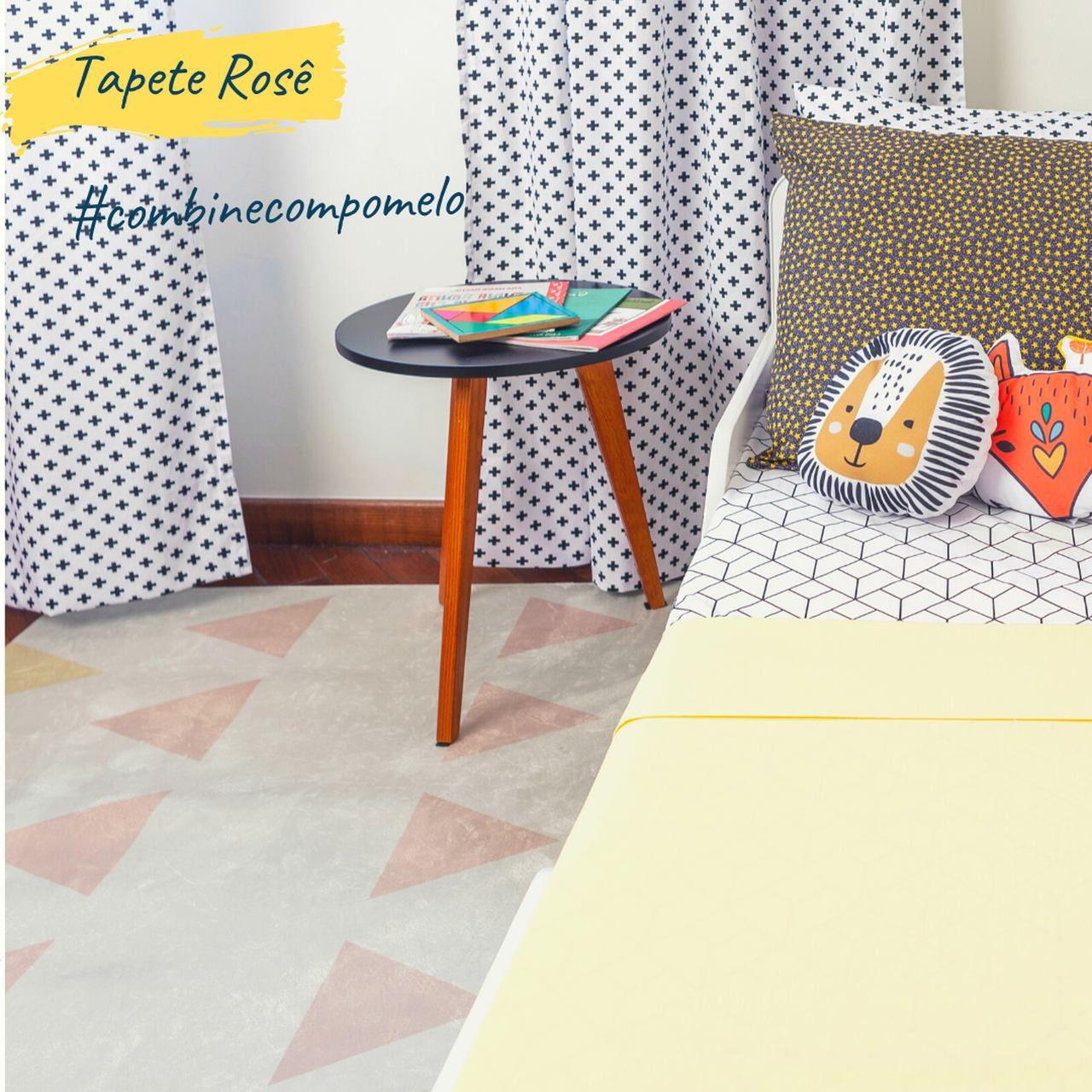 Tapete quarto infantil 100 x 150 cm estampa Triangulo  - Pomelo Decor