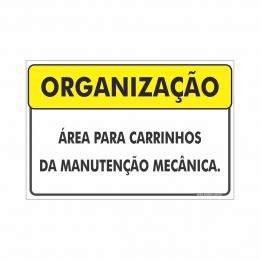 Área para carrinhos de manutenção mecânica