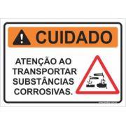 Atenção ao transportar substância corrosivas
