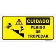 Cuidado perigo de tropeçar