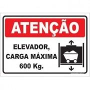 Elevador carga máxima 600 kg