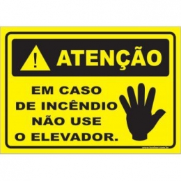 Em Caso de Incêndio Não Use o Elevador