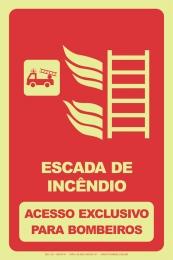 Escada de Incêndio -Acesso Exclusivo para Bombeiros