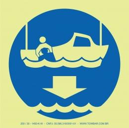Baixar barco de socorro (Lower Rescue Boat)