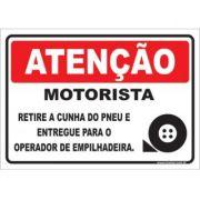 Motoristas Retire a Cunha do Pneu