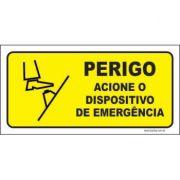 Perigo acione o dispositivo de emergência